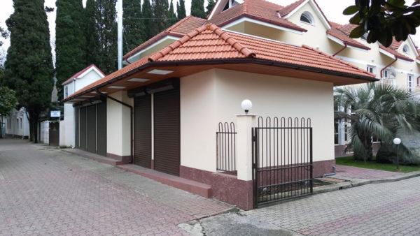 Торговый павильон на ул. Калараш, Лазаревское