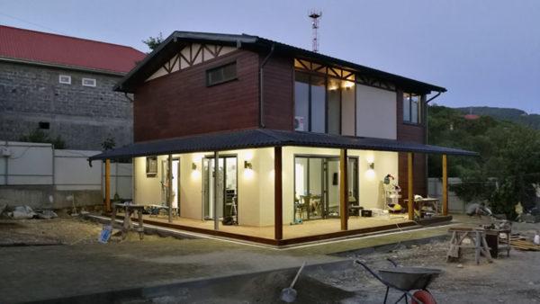 Жилой дом из блоков Теколит и ЛСТК в Совет-Квадже