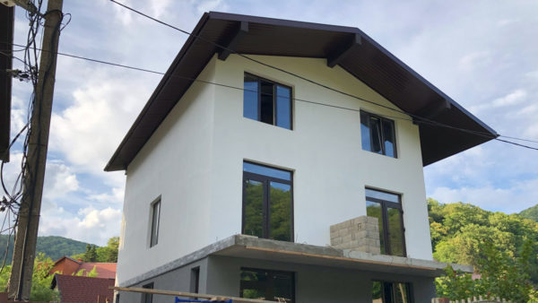 Жилой дом из бетона и блока в Лазаревском (п. Солоники)